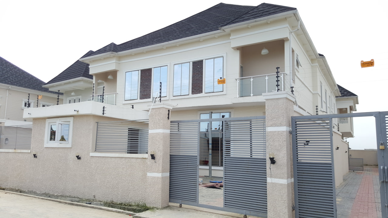 Brand new and luxuriously finished 4 bedroom semi-detached house with en suite boys quarters at Ikate Elegushi, Lekki-Lagos.